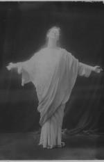 1908-Isadora-Duncangrises
