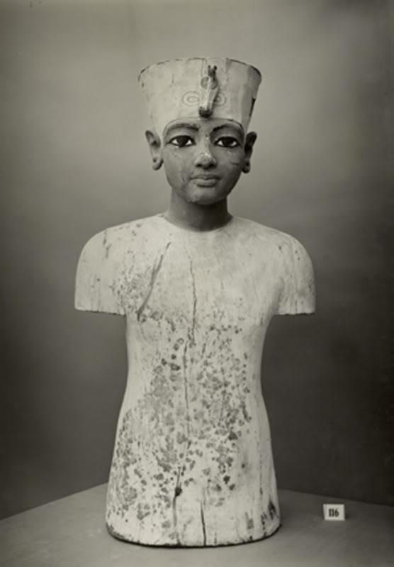 King-Tut-mannequin-torso-1350BC